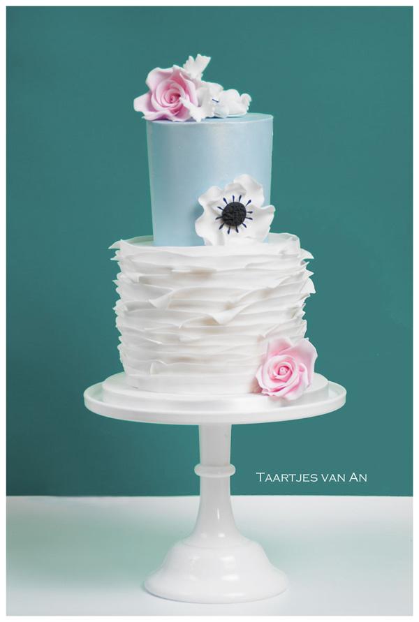 x-anneke-hilligehekken-taartjes-vanan-wedding-elegant-2.jpg#asset:4451