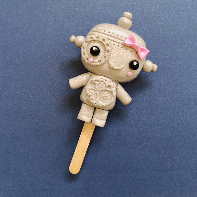 Shimmer 0003 Silver Robot Cakesicle