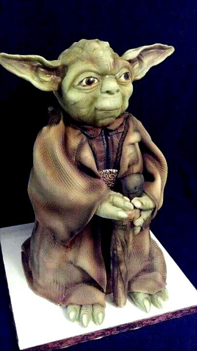 Sculpted Yoda cake