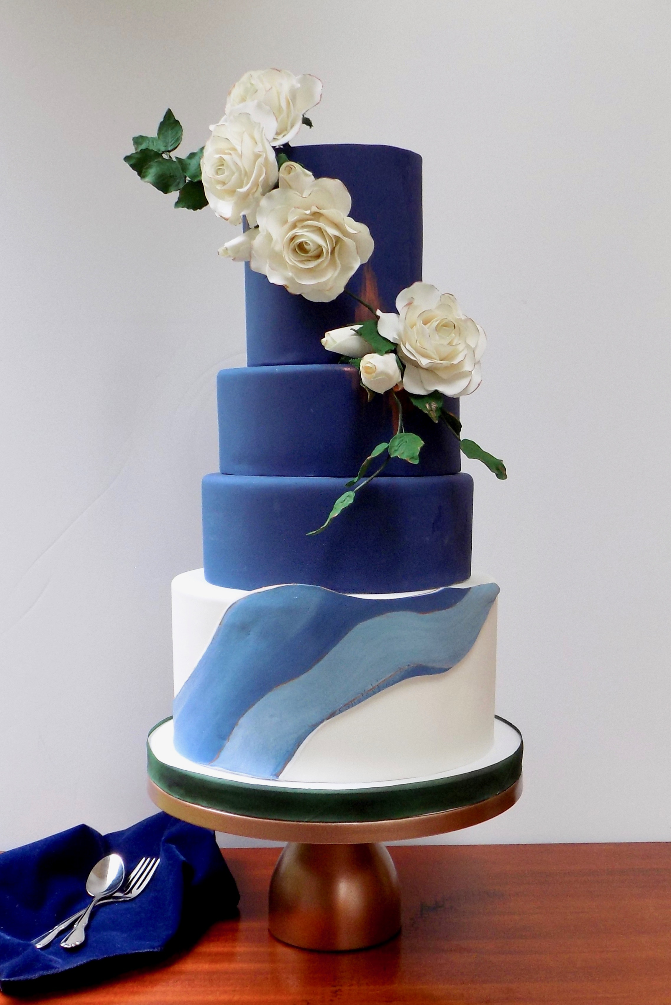 Navy blue marbled wedding
