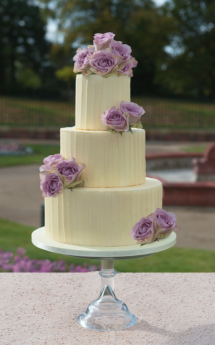 Rustic White Chocolate Wedding Cake Fresh Flowers