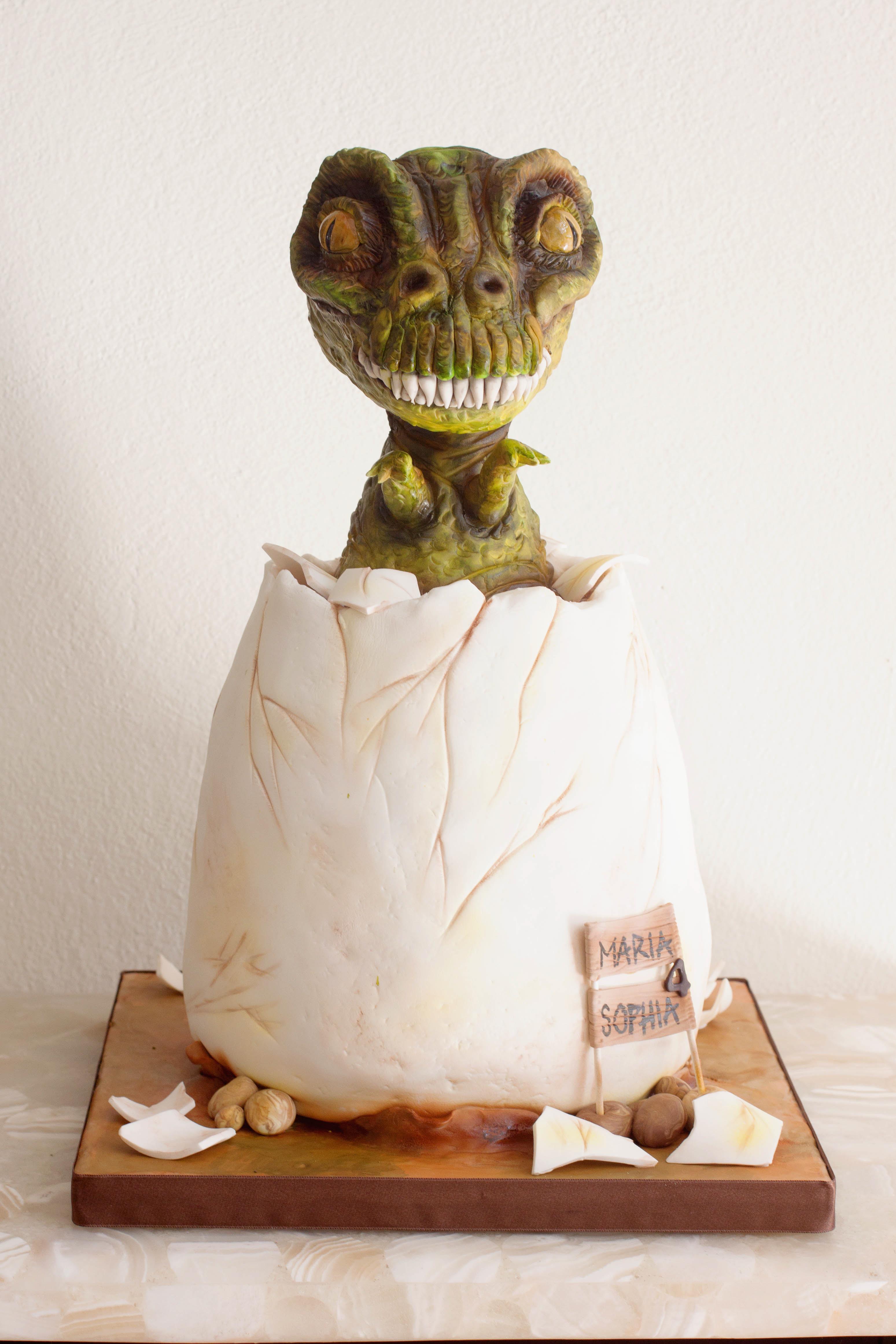 Dinosaur Egg fondant cake