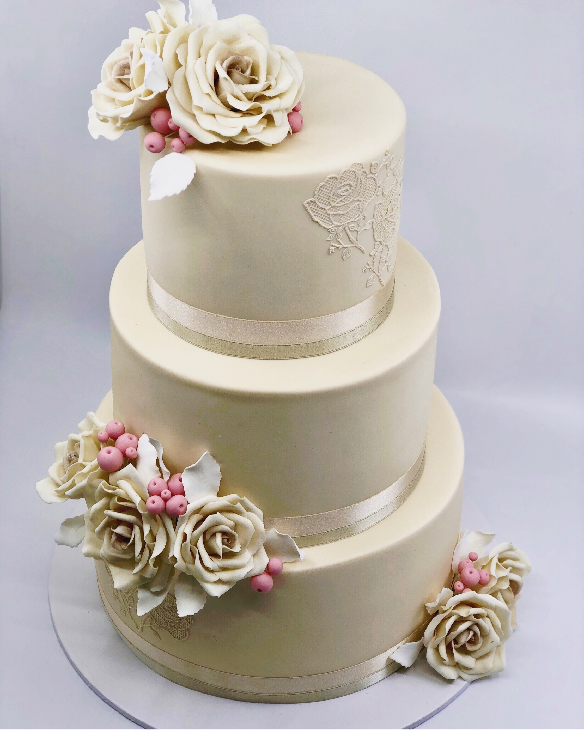 All ivory fondant wedding cake