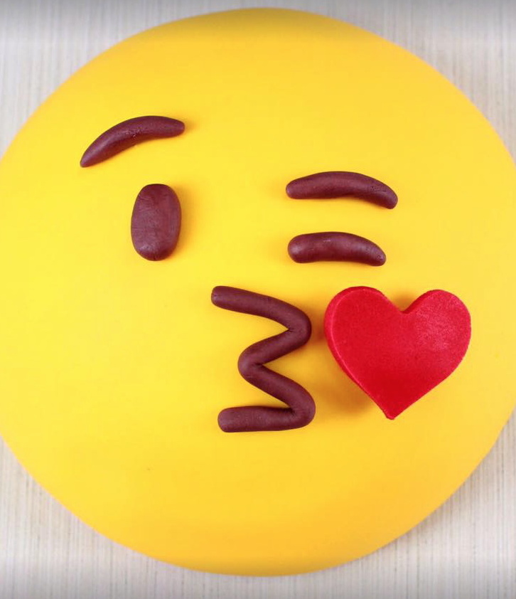 Cake Bash Emoji Tutorial