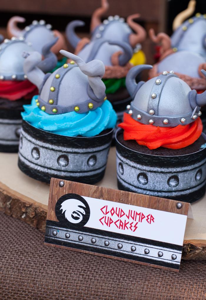 How-To-Train-Your-Dragon-Cupcake-Tutorial-hero-1.jpg?mtime=20190111110742#asset:128314
