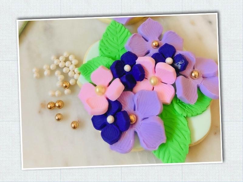 Lavendar_Hydrangea_Sweet-Sara-Cookies_Step-6.jpg?mtime=20210326124234#asset:423492