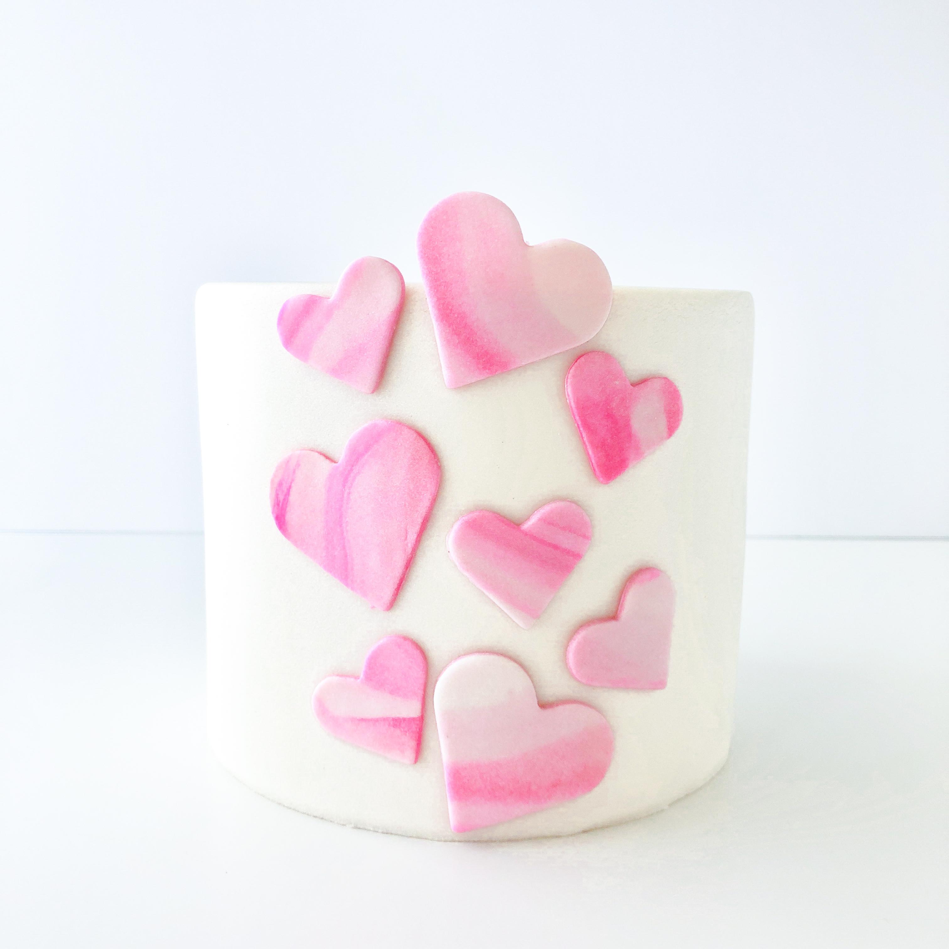 Shimmer_heart_cake_tutorial_Step_6.jpg?mtime=20210303104614#asset:416964