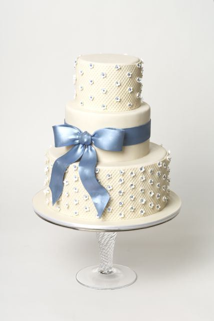 Tutorial-Sweet-Wedding-Cake.jpg#asset:13910