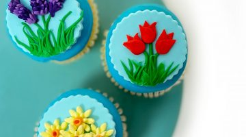 Flower Cupcakes Tut Hero 1