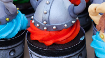 How To Train Your Dragon Cupcake Tutorial Hero