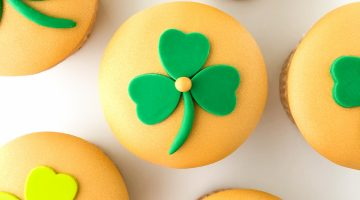Shimmer St Pattys Cupcake Tutorial Hero 2