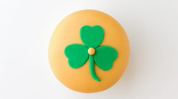 Shimmer St Pattys Cupcake Tutorial Step 6