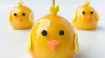 satinIce_glitterGlaze_chick_cakepop
