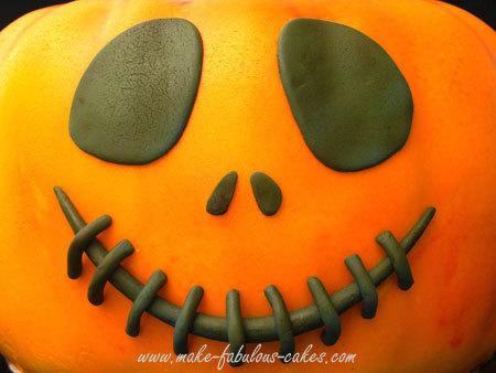 pumpkin-cake-tutorial-3.jpg?mtime=20181029154602#asset:105480