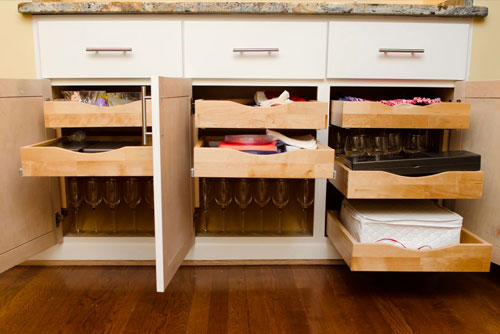 About Us Image 1 Large & Easy Glider Storage Solutions in Ferndale MI | Coupons to SaveOn ...