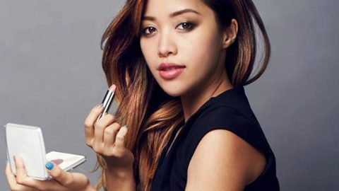 Profile photo of michellephan, a youtube makeup and beauty guru