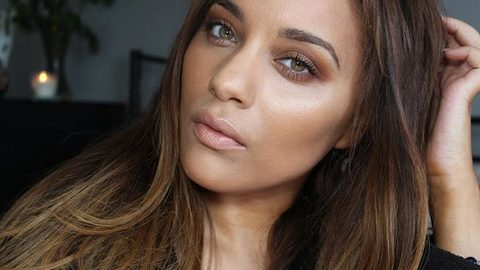Profile photo of BeautyandtheBlog1, a youtube makeup and beauty guru