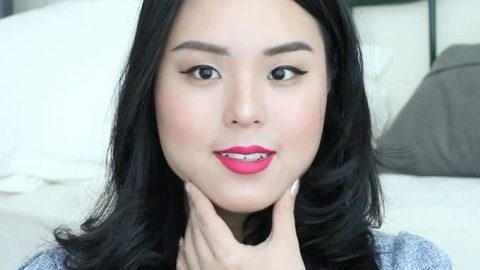 Profile photo of roseannetangrs, a youtube makeup and beauty guru