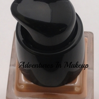 Givenchy Teint Couture Long-Wearing Fluid Foundation Broad Spectrum SPF 20 Swatch