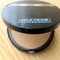 Make Up For Ever Duo Mat Powder Foundation Swatch