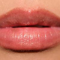 Guerlain Maxi Shine Lip Gloss Swatch