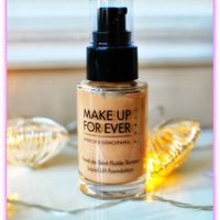 Make Up For Ever Liquid Lift Foundation Swatch
