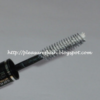 Lancome CILS BOOSTER XL Super-Enhancing Mascara Base Swatch