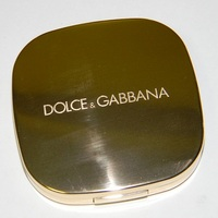 Dolce and gabbana blush compact