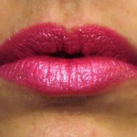 Obsessive Compulsive Lip Tar - Metallic Swatch