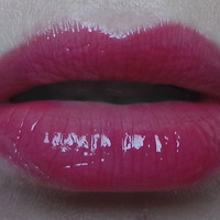 Yves Saint Laurent Gloss Volupte Swatch