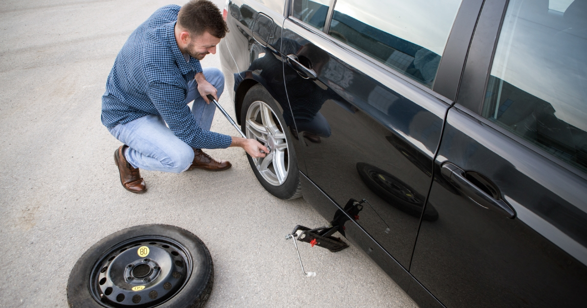 How to Change a Tire Blog Header