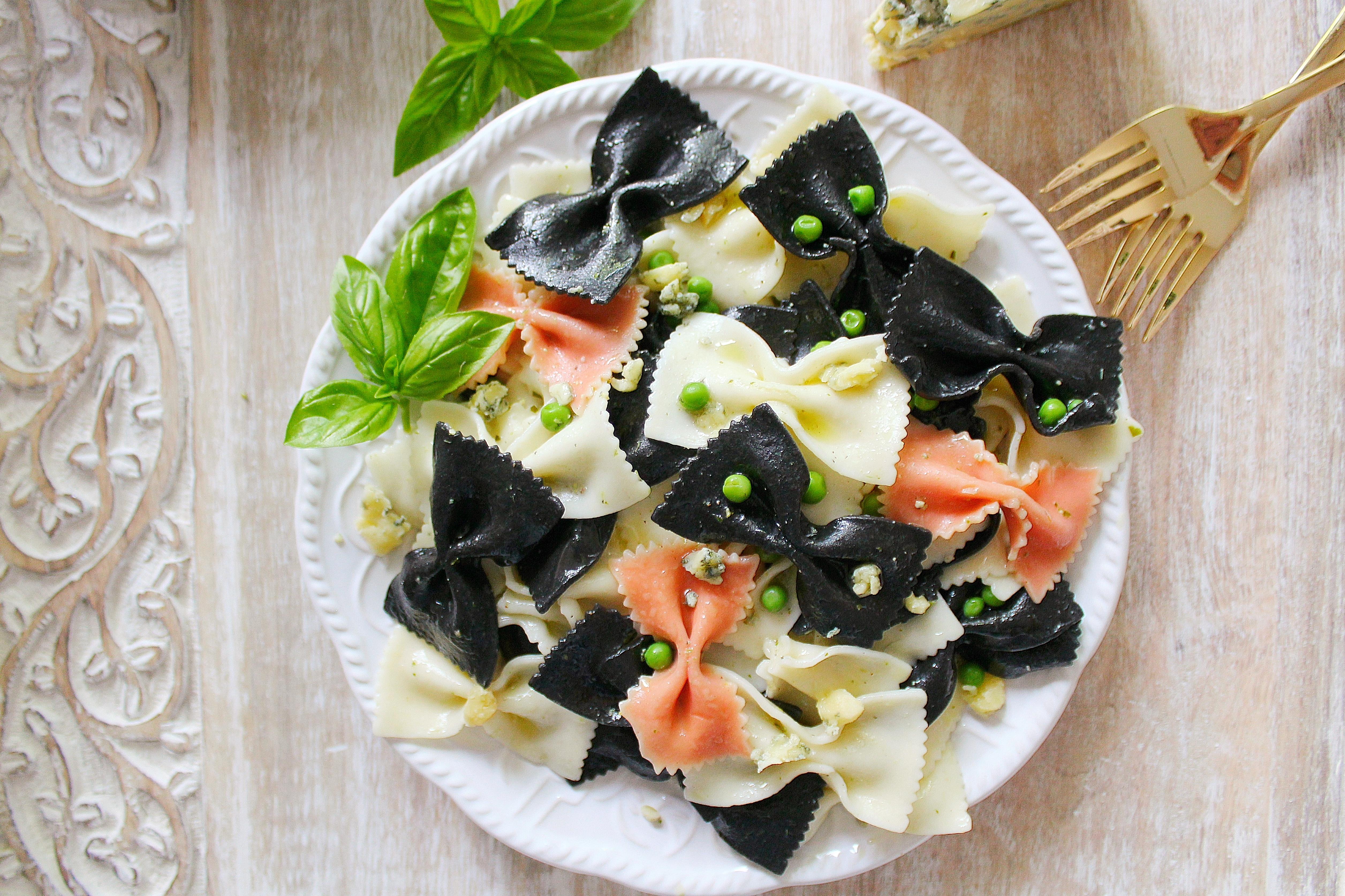 Pasta with Stilton & Peas
