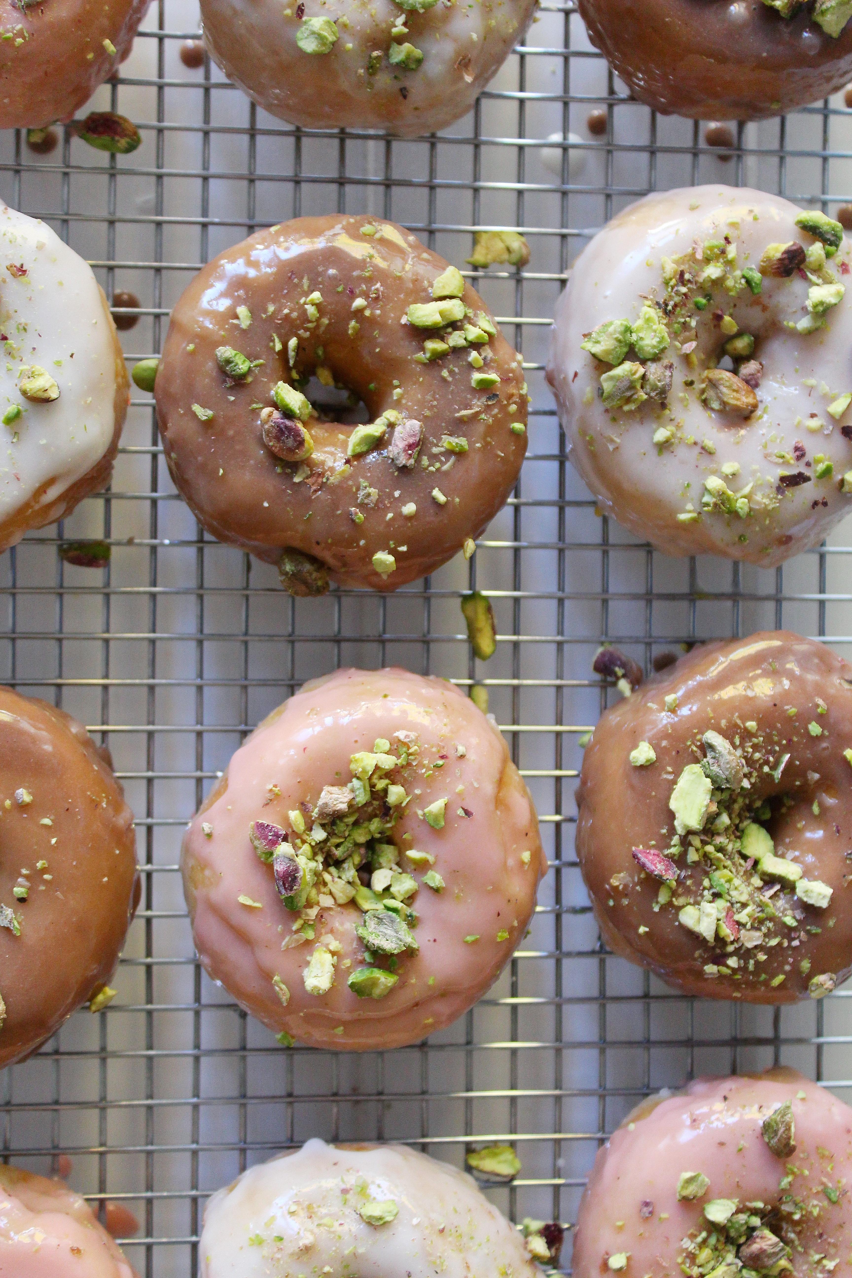 http://www.bedbathandbeyond.ca/store/product/wilton-reg-6-cavity-doughnut-pan/1017631802?Keyword=donut+pan