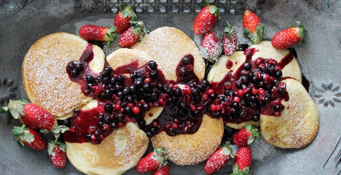 Oat Pancakes with Ligonberry Blackcurrant Maple Syrup