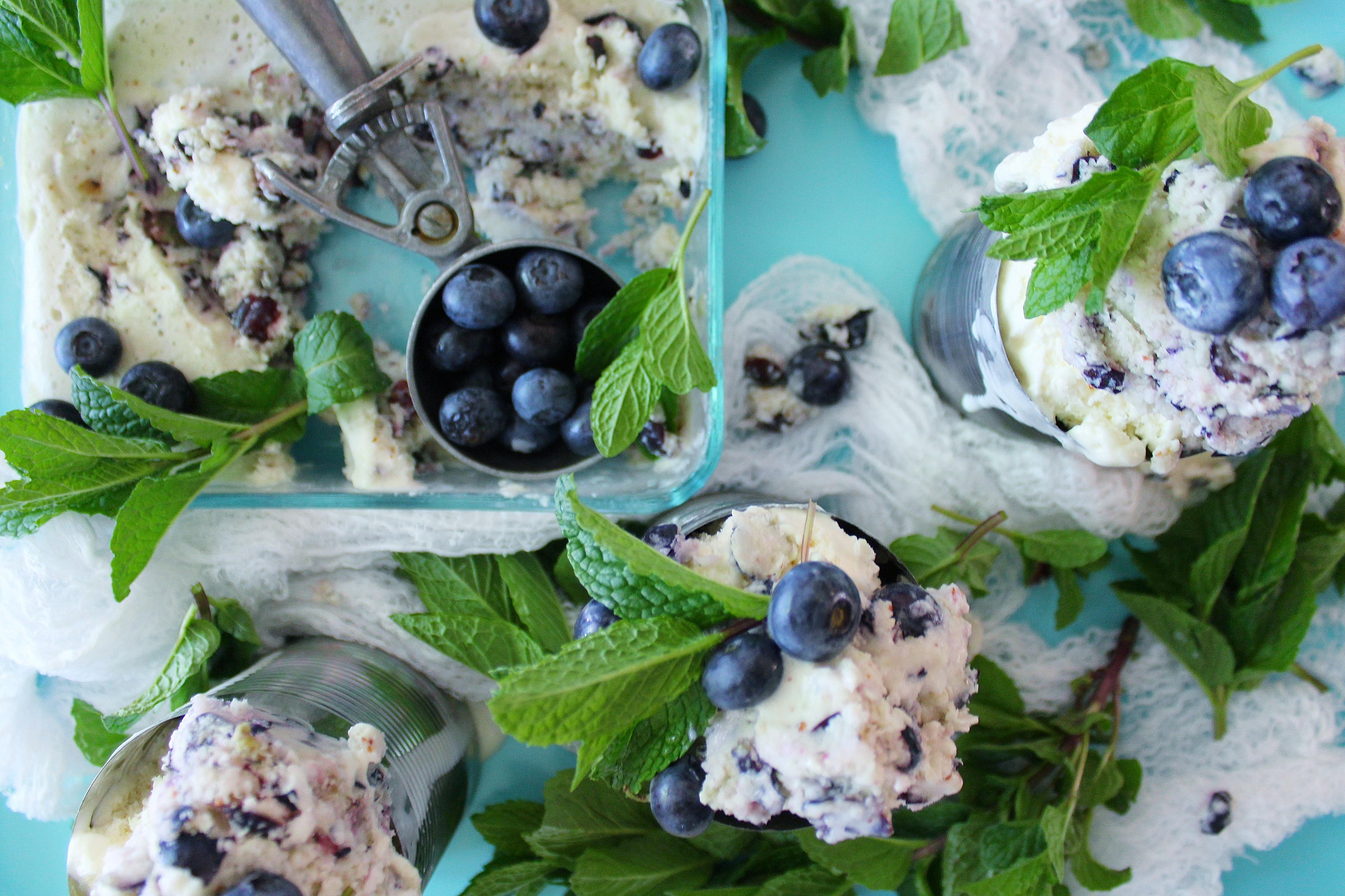 No churn banana/blue ice cream