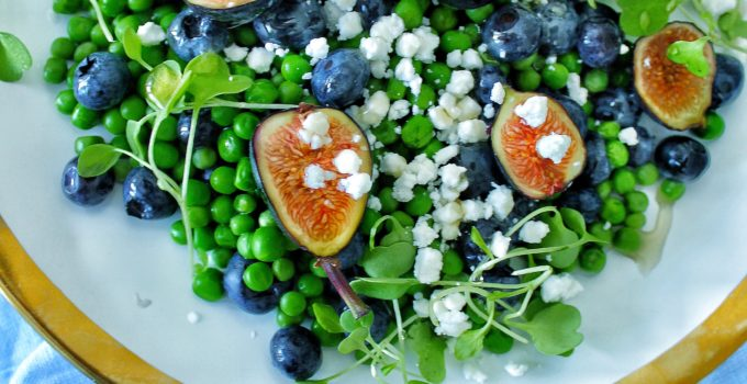 Fresh Fig Salad with Peas & Goat Cheese