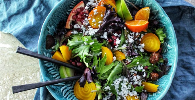 Winter Salad with Crumbled Goat Cheese & Asian Blackberry Vinaigrette