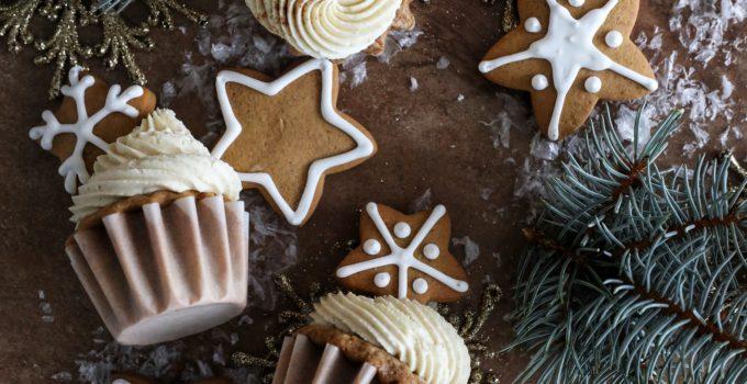 Vanilla Bourbon Spice Cupcakes with Cinnamon Cream Cheese Frosting