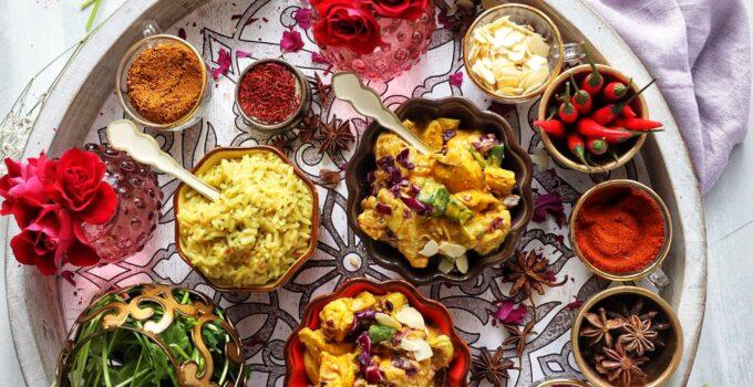 Patak's 3 Step Chicken Korma Medley with Almonds & Golden Raisins