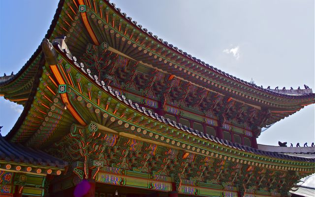 Geunjeongmun, the third inner gate of Gyeongbok Palace. Serving as the entrance to the outer court of the palace, this gate guarded the Throne Hall and Executive Office of the palace. CHRISTOPHER CAMERON / THE STATESMAN