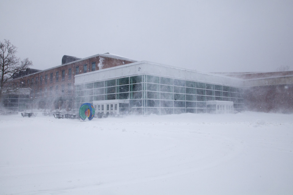The Student Activities Center during Winter Storm Jonas. CHRISTOPHER CAMERON/THE STATESMAN