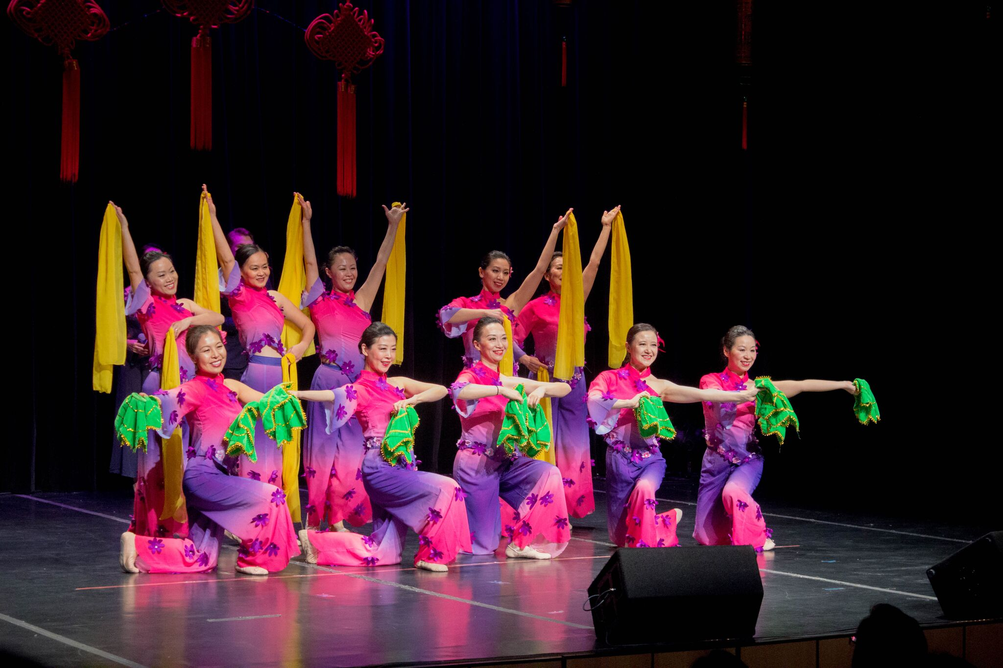 The Long Island Chinese Dance Group kicked off the show with an opening Chinese folk dance. The team was founded in 2011 and practices on a weekly basis.  MANJU SHICACHARAN/THE STATESMAN
