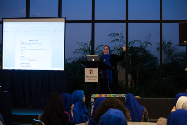 MSA Chaplain Sanaa Nadeem gives a lecture on modesty of appearance in Islam. TIBIAN AHMED/THE STATESMAN