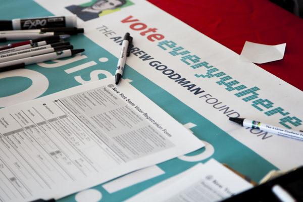Voter Registration Papers ARACELY JIMENEZ/THE STATESMAN
