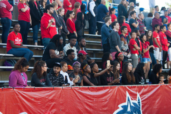 Stony Brook University students sat in solidarity with Coli nKaepernick and the Black Lives Matter movement before a football game at Kenneth P. LaValle stadium on Sept 24, 2016. ARACELY JIMENEZ/THE STATESMAN