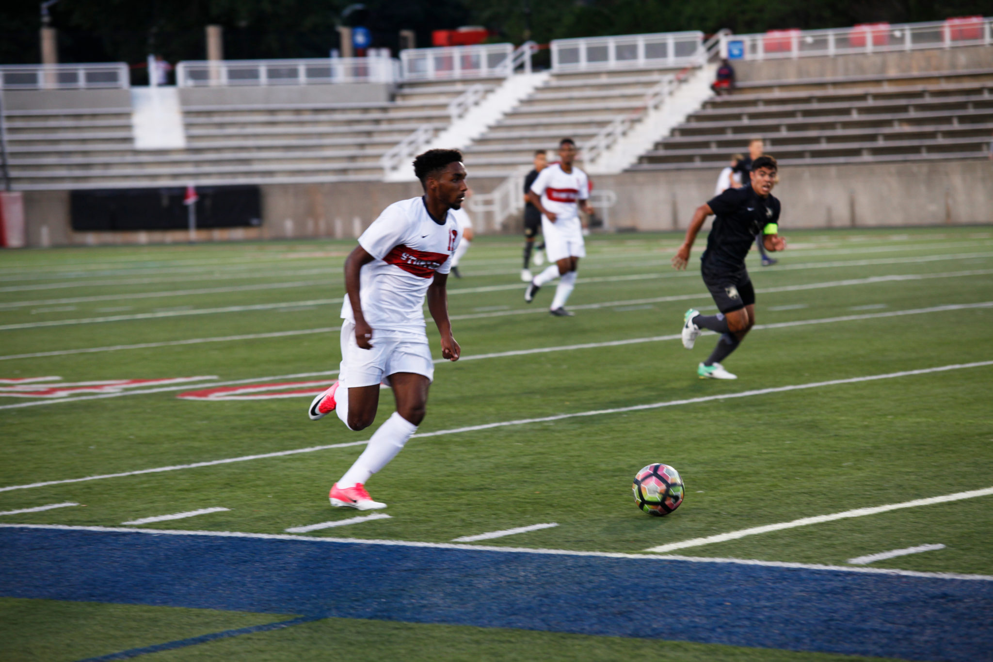 Men's Soccer picks up first win of the season in home opener | The