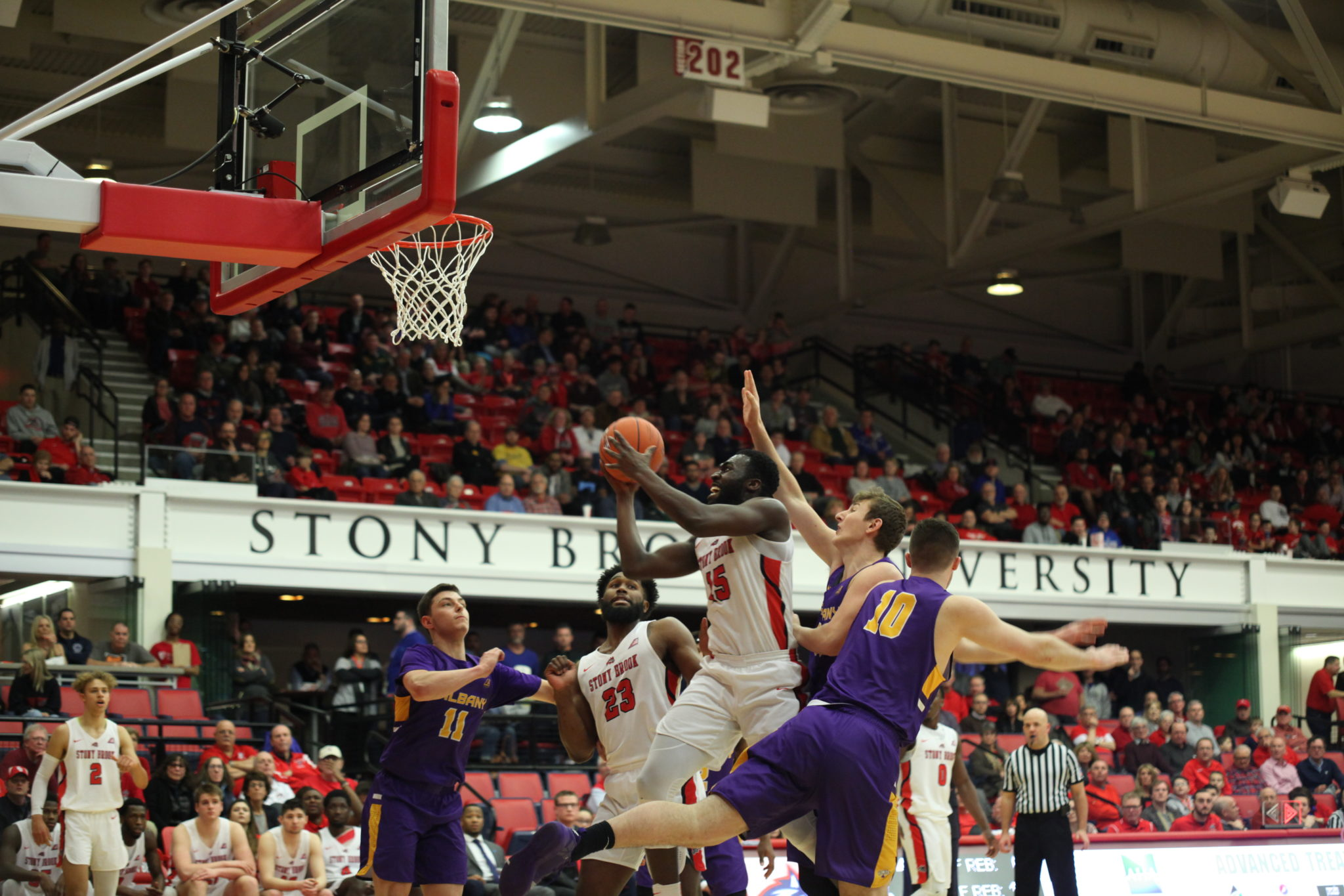 3f3e7a642 Men s Basketball s four-game win streak snapped by Albany