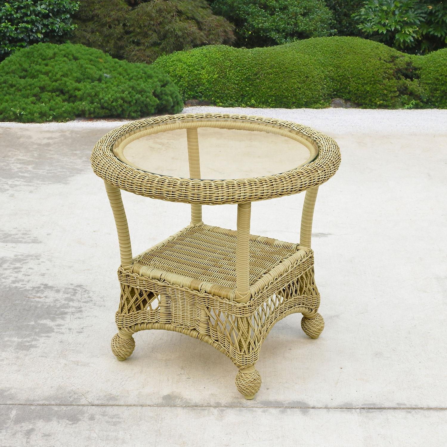 North Cape Montego Wicker End Table (with Glass Top) - Sea Grass
