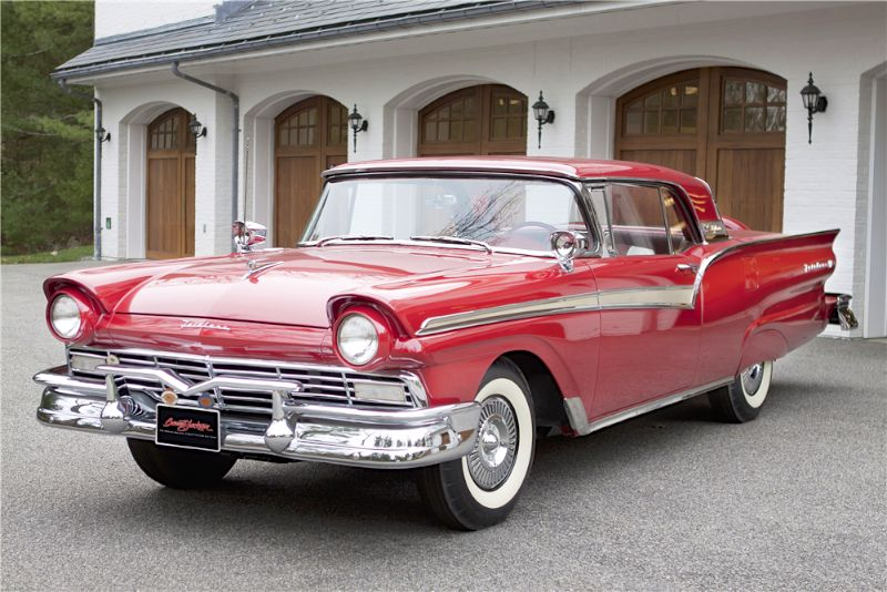 1957 Ford Skyliner F-Code Retractable Top