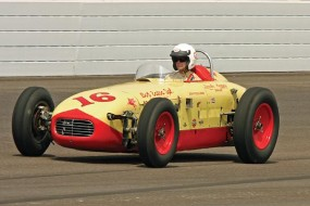 The Journey Indianapolis >> Indy 500 Race Cars Offered at Worldwide Auburn Auction 2010